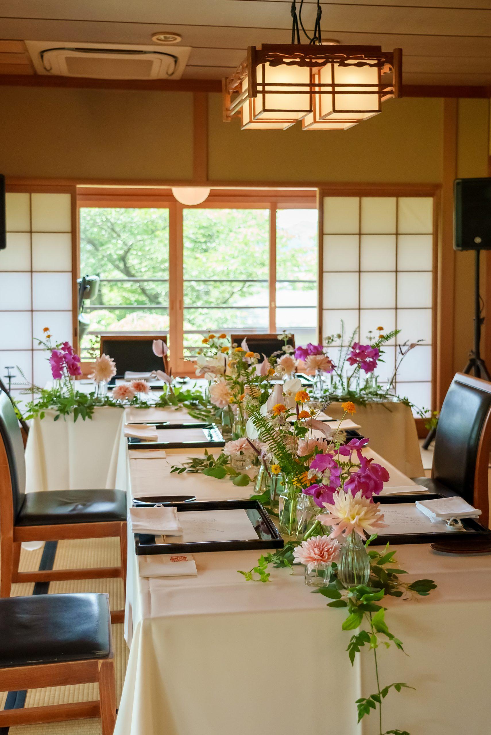 広島和婚式でのテーブル装花
